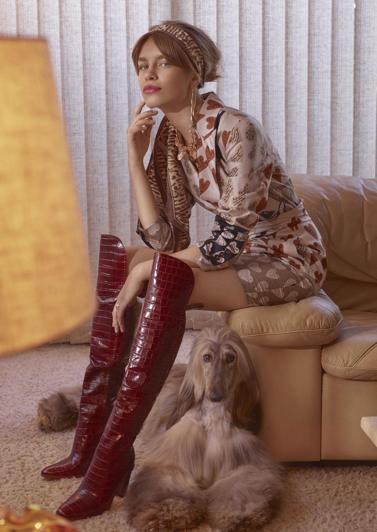Модная девушка с собачкой / фото 06