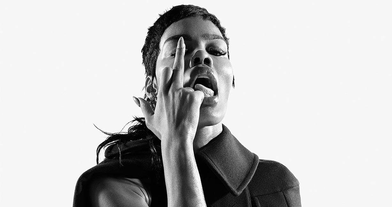 Тейяна Тейлор в хаос-выпуске журнала i-D, лето 2020