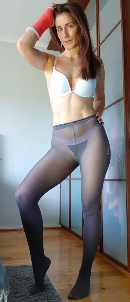 Mulher de meia calça