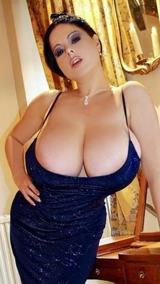 Sucking big sexy boobs-4143