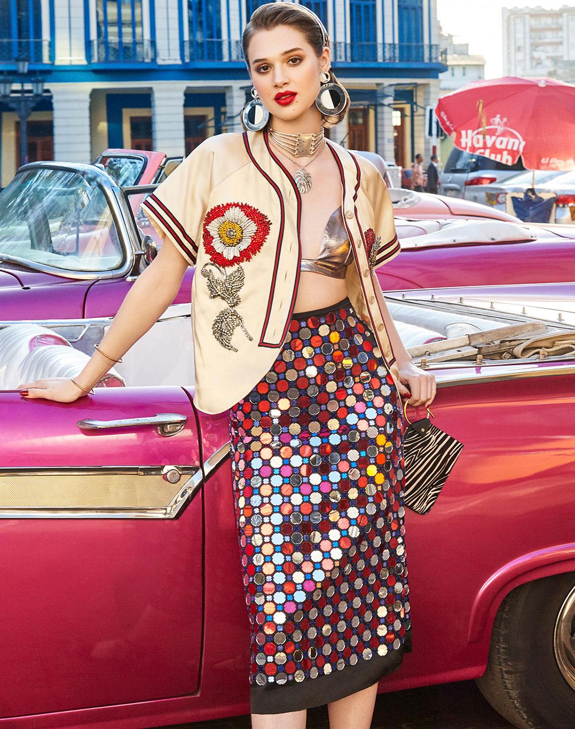 Cuban Carnival / Anais Pouliot by Enrique Vega / Vogue Taiwan june 2017