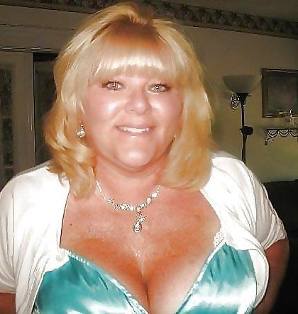 Nude granny big boobs-1602