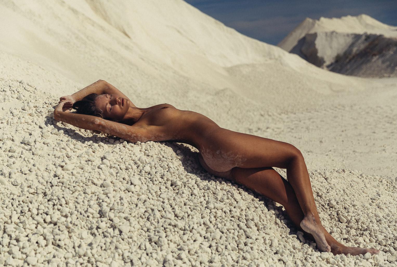 шаманские танцы во славу лета, солнца, песка и воды - Miluniel by Thomas Agatz / SummerDance