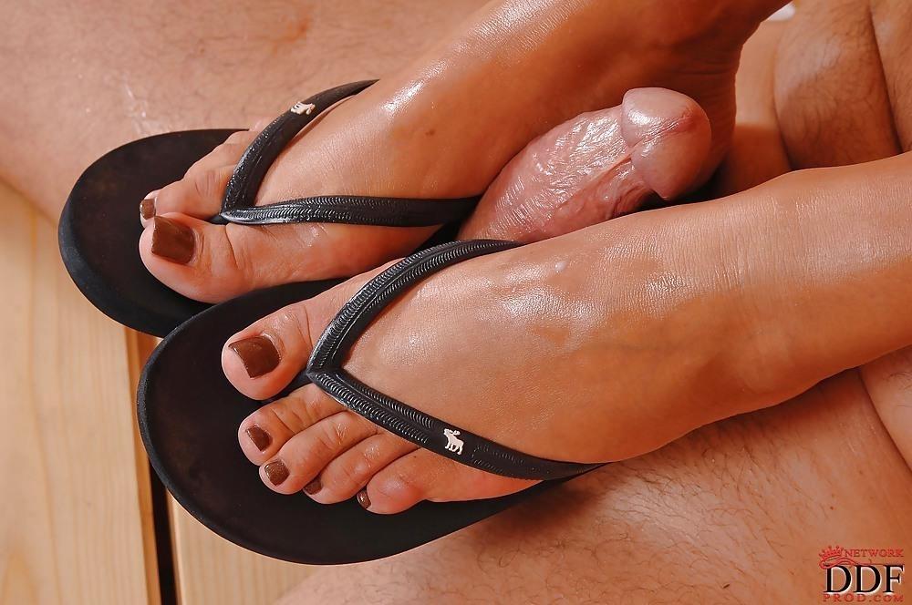 Angelica heart feet-4163