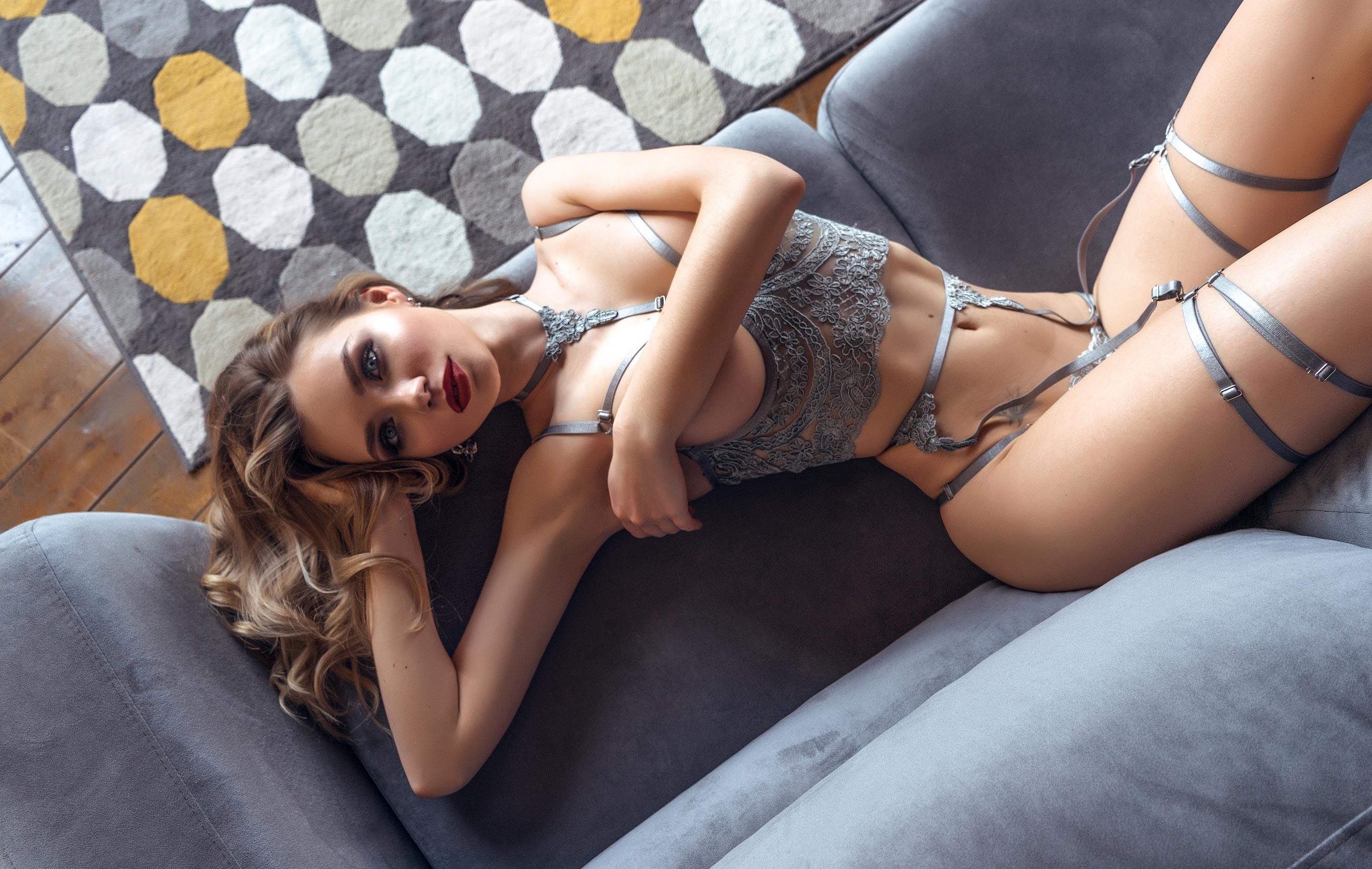 Наталья Шапошникова в кружевном нижнем белье / фото 01