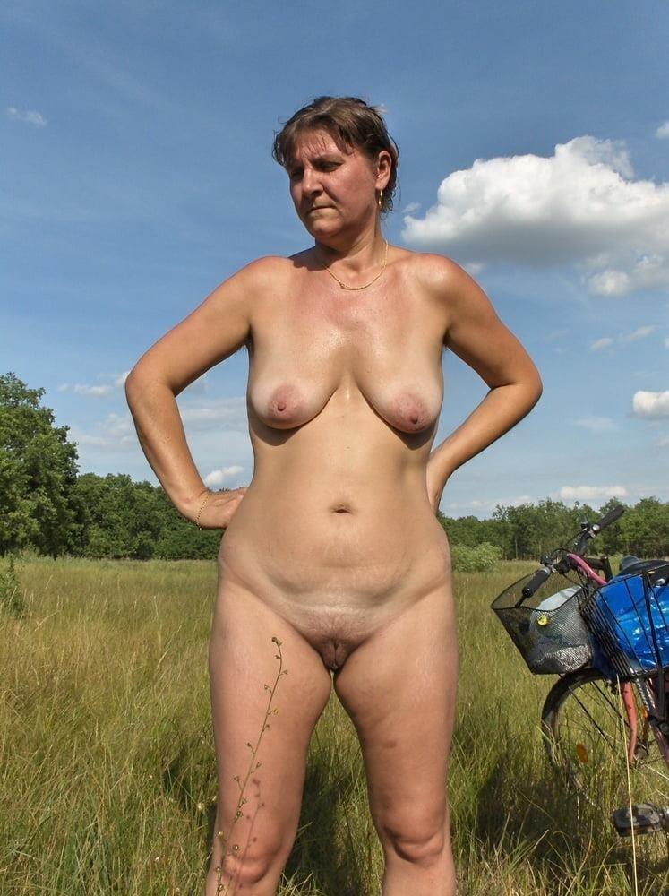 Porn pics mature amateur-6696