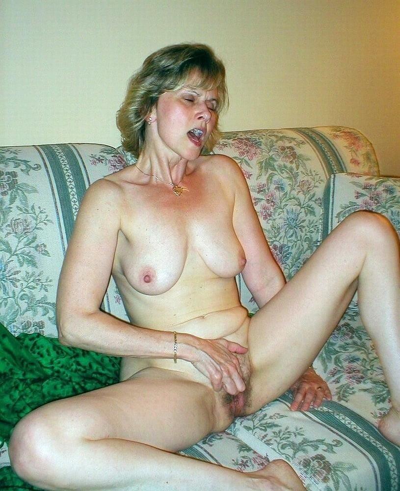 Self nude girl-5108