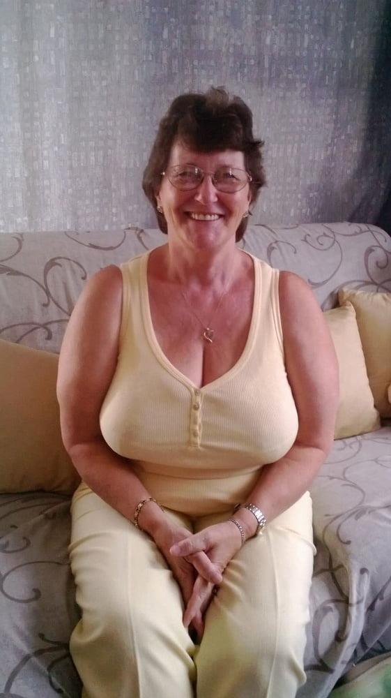 Busty granny porn pics-3901