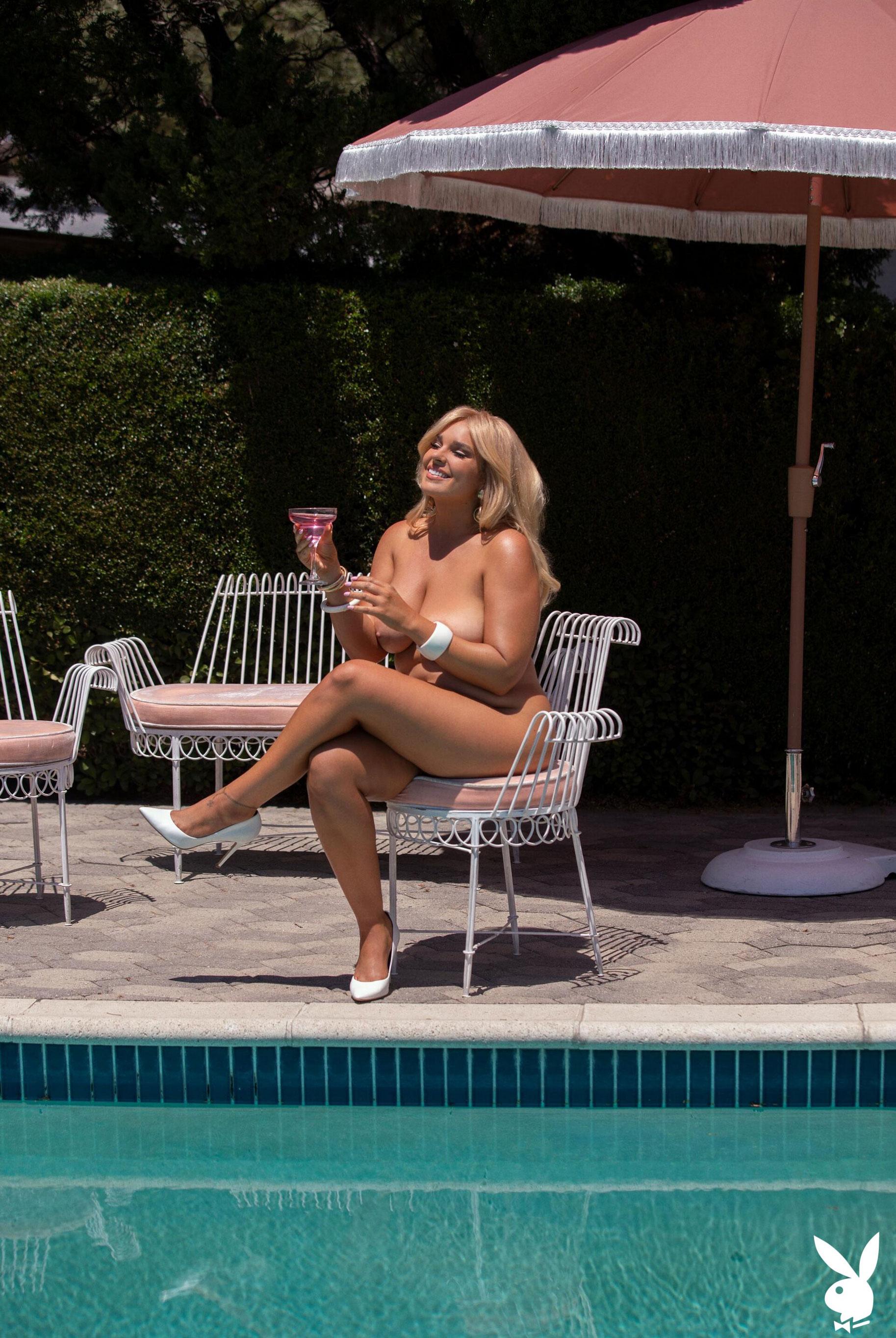 Девушка месяца Ali Chanel - Playboy США / фото 11