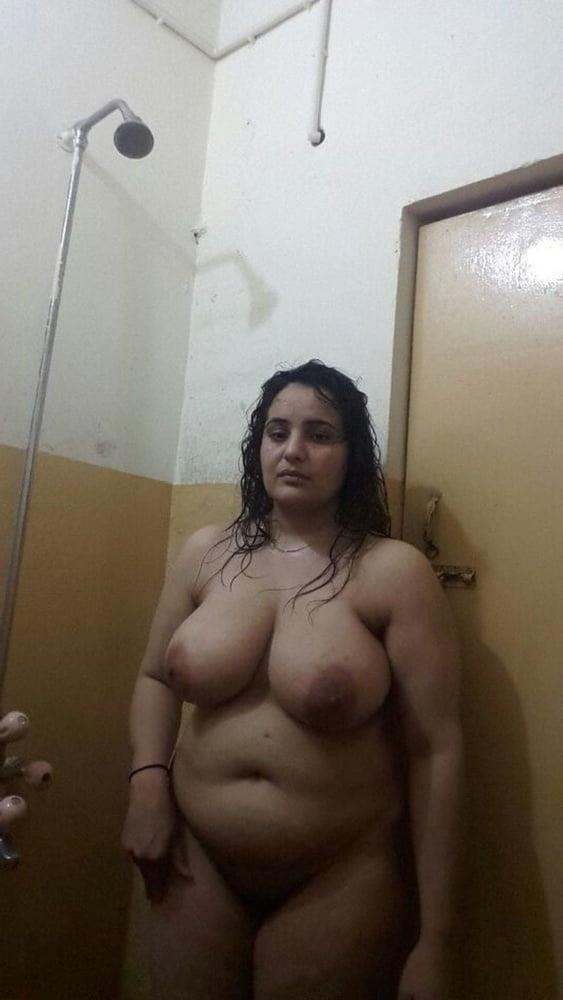 Big boobs lady pic-1354