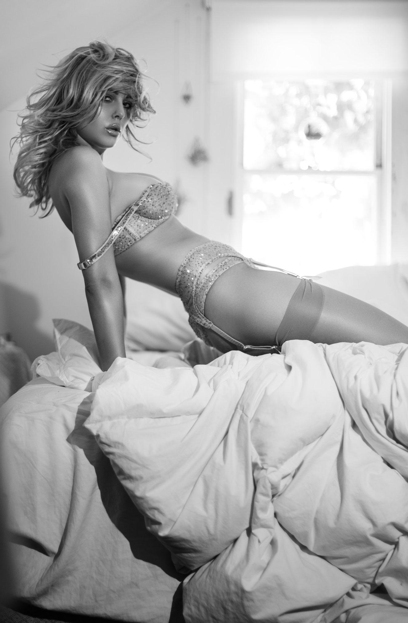 Линдси Хэнкок в нижнем белье Agent Provocateur / фото 07