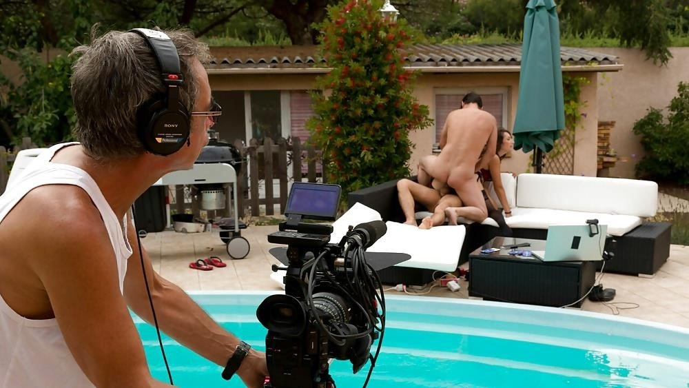 Porn outdoor group-9664