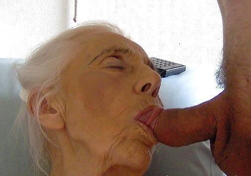 Pics naked grannies-8511