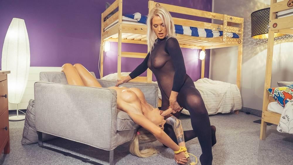 Kathy Anderson, Isabella Deltore – Futanari MILFs Magic Cock – Fake Hostel – FakeHub
