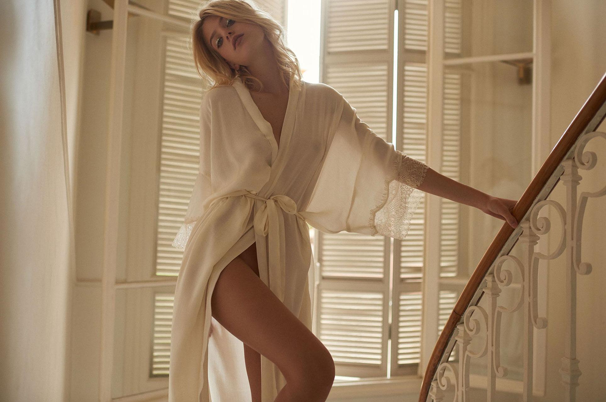 Рекламная кампания нижнего белья и одежды для отдыха Underprotection Lingerie and Loungewear spring-summer 2018 / Line Kjaergaard by Henrik Adamsen