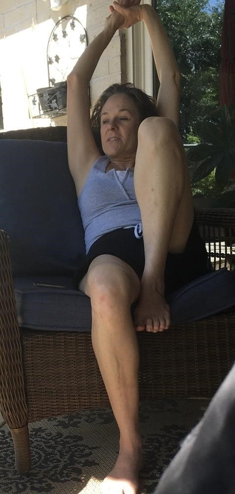 Sexy stepmom feet-7903