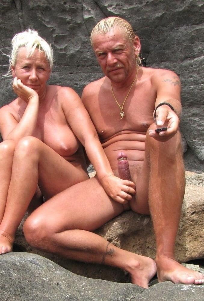 Mature couples copulating-2453