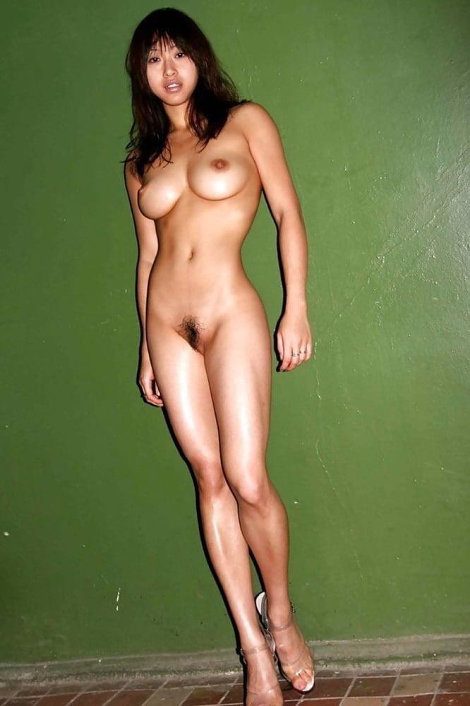 Naked asian girls outdoors-9379