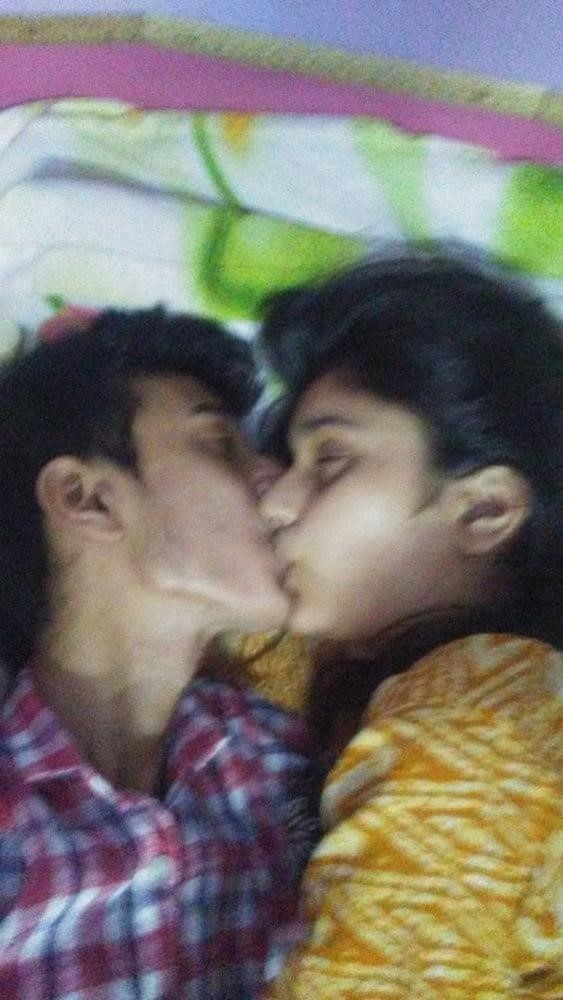 Desi lesbian hot kissing-5282