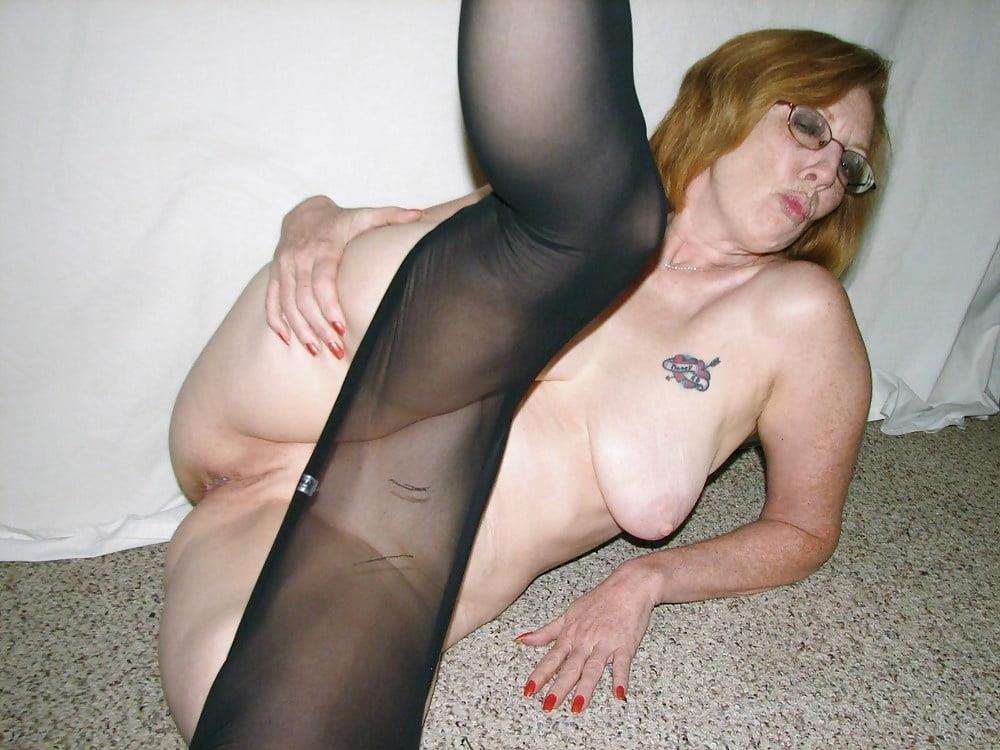 Ginger granny anal-3591
