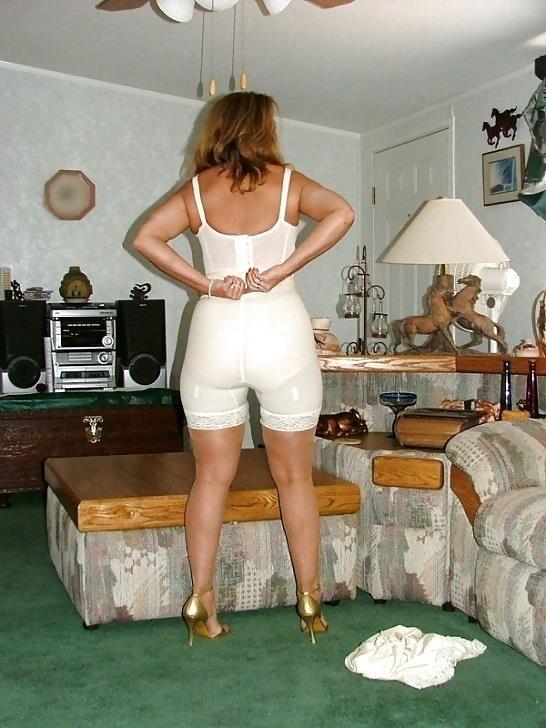 Mature women in girdles pics-5465
