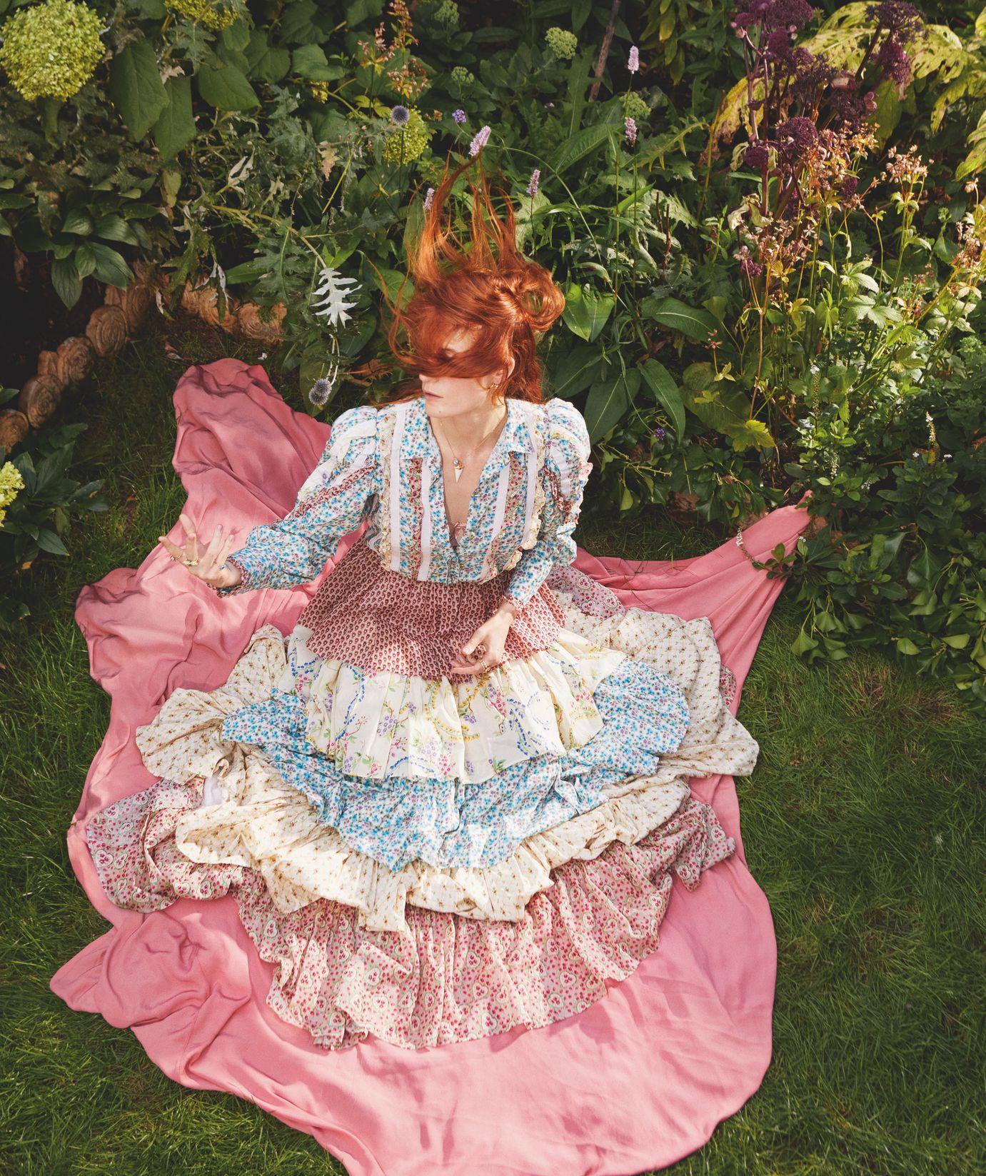 "Florence + the Machine >> álbum ""High as Hope"" - Página 5 As18VIiu_o"