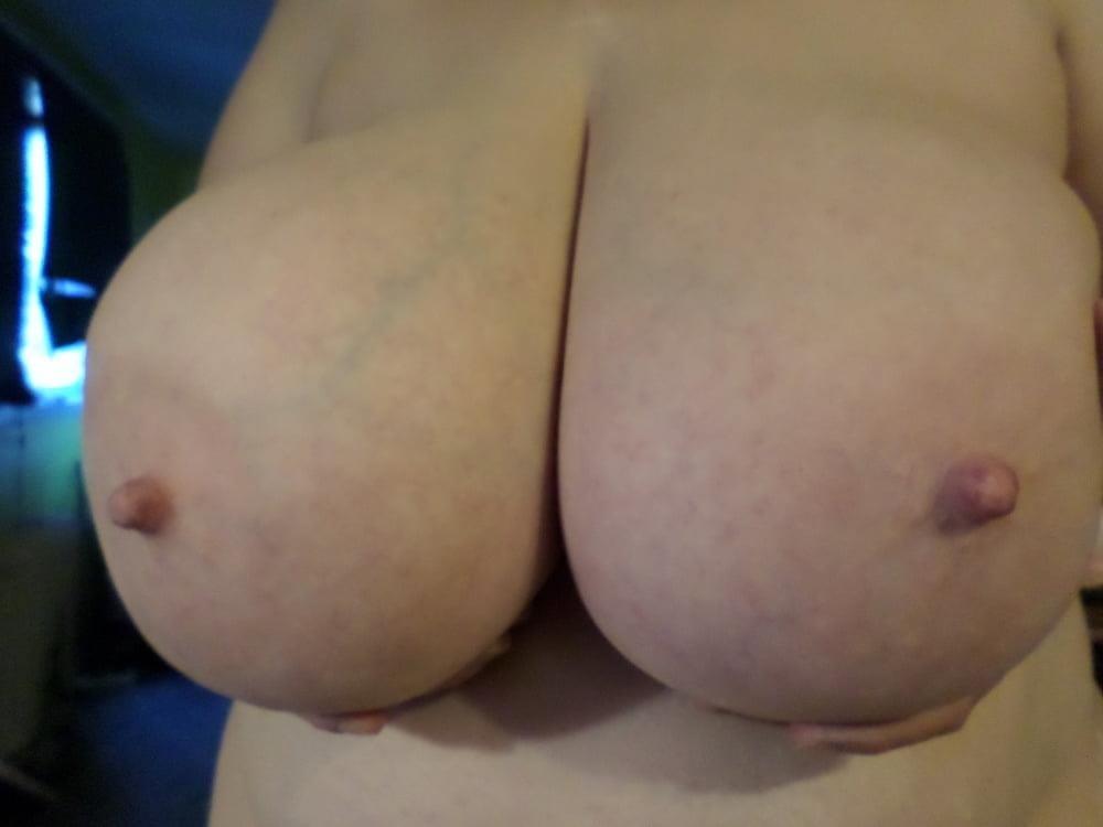 Big natural boobs big nipples-1701