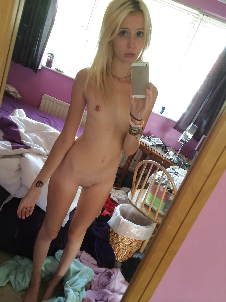 Teen thigh gap porn-3773