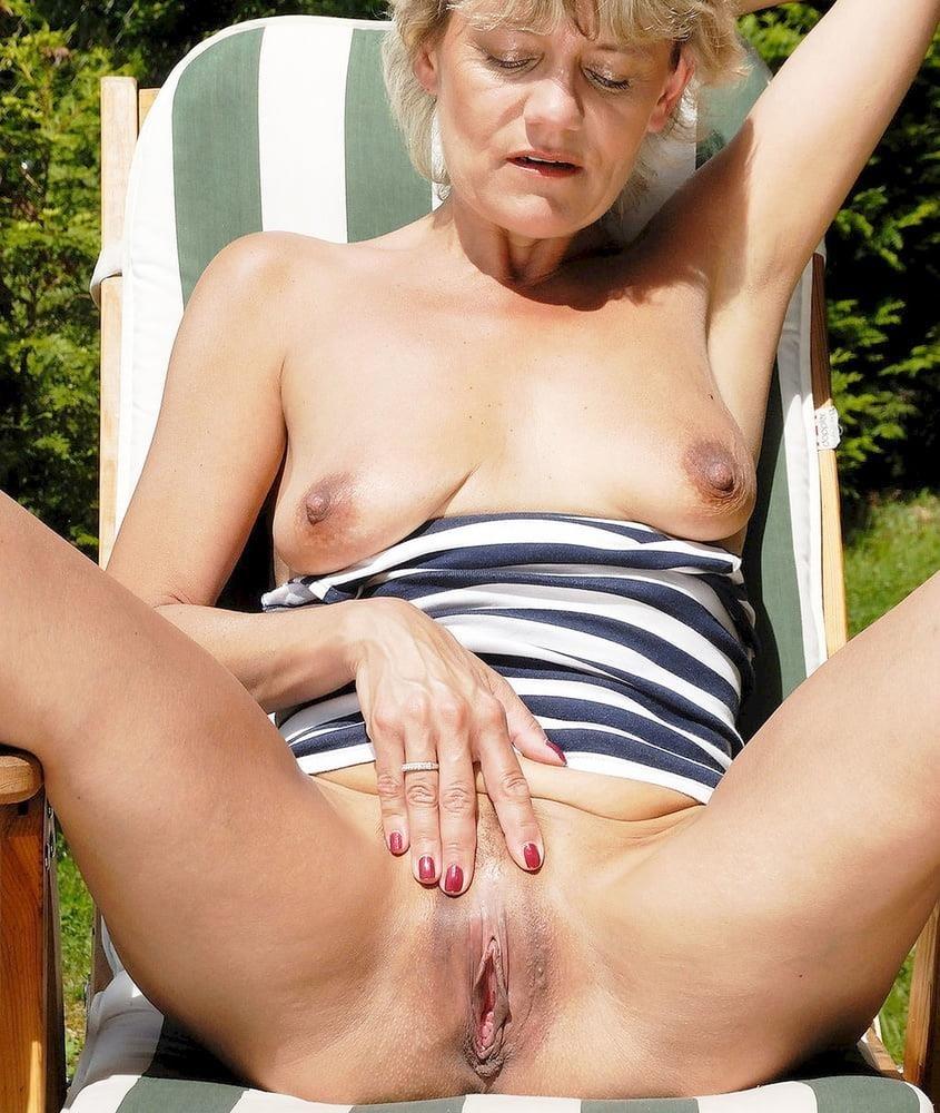 Porn pics mature amateur-1453