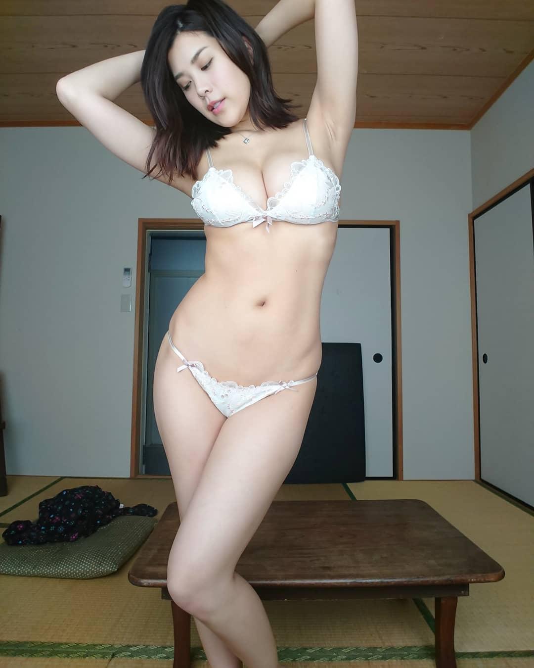 pW22zDrk o - IG正妹—内田 瑞穂 Mizuho Uchida