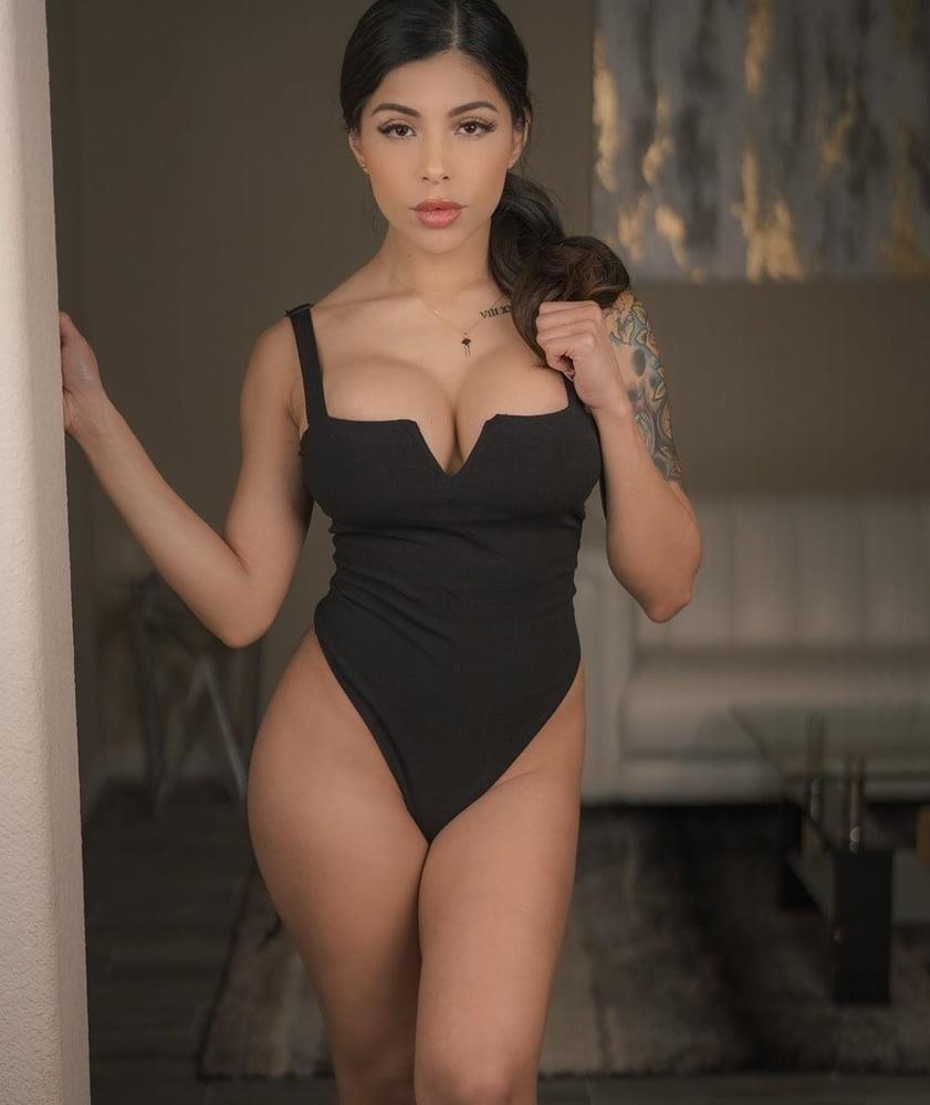 American big boobs nude-3347