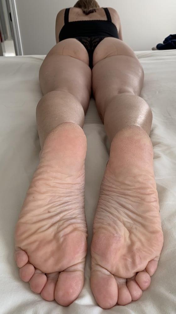 Lesbian feet bondage-5310