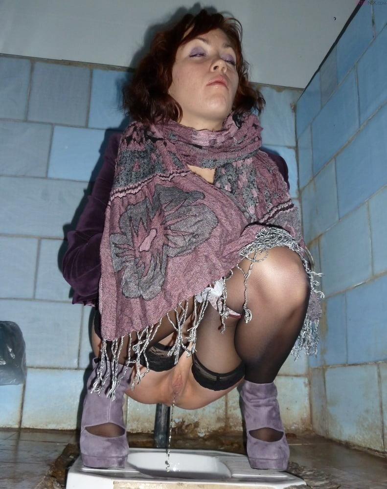 Public toilet fingering-5130