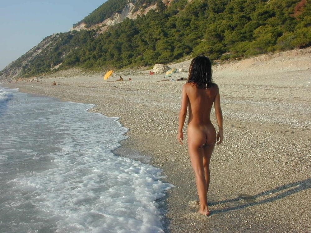 Wife naked on vacation-3519