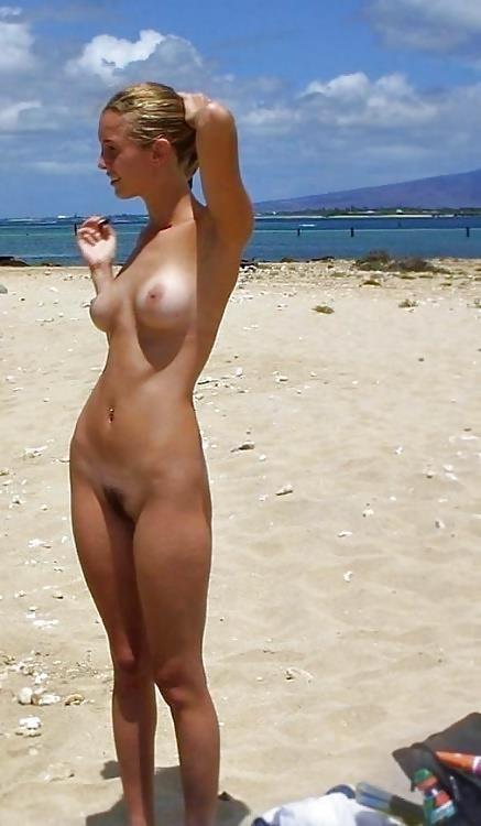 Amateur women naked in public-3338