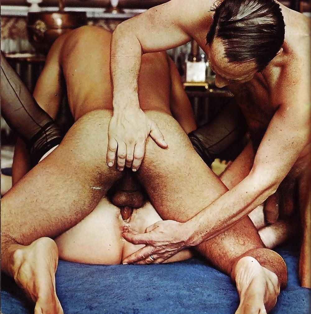 Porn threesome amateur-2919