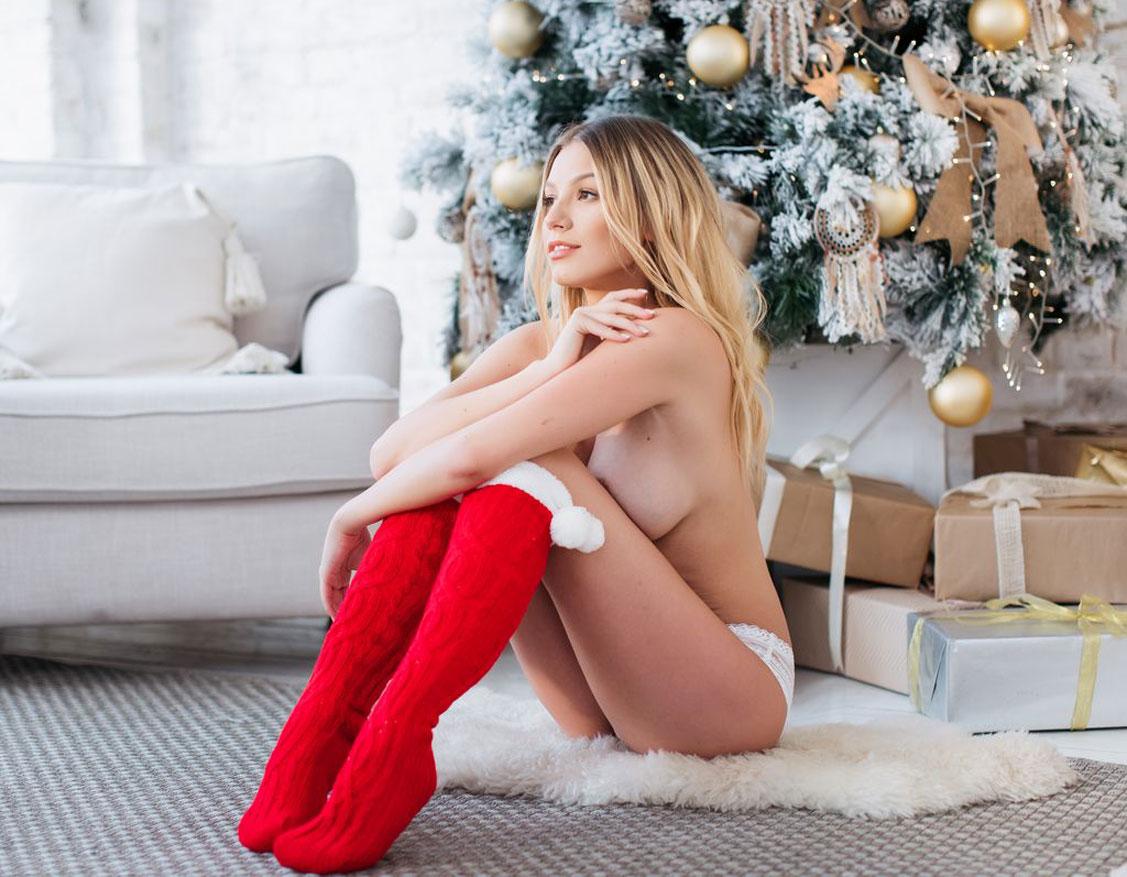 Распаковываем новогодние подарки с Катрин Новиковой / фото 02