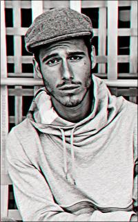 Lucas Bernardini ZzHCGdqE_o