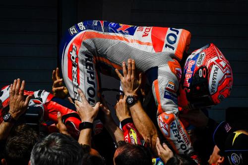 MotoGP 2019 KgZNPasr_o
