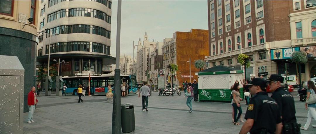 The Cold Light Of Day (2012) 1080p BluRay x264 [Multi Audios][Hindi+TamIl+English]