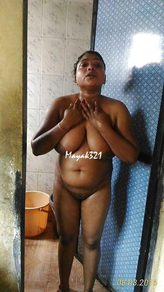 Aunty big nude boobs-9583