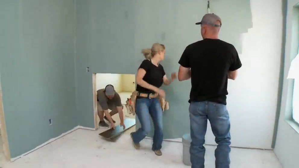 Texas Flip N Move S13E13 Casey and Catrinas Kid Friendly Home WEB x264-CAFFEiNE