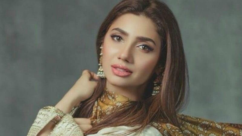 Mahira khan sexy photos-4443