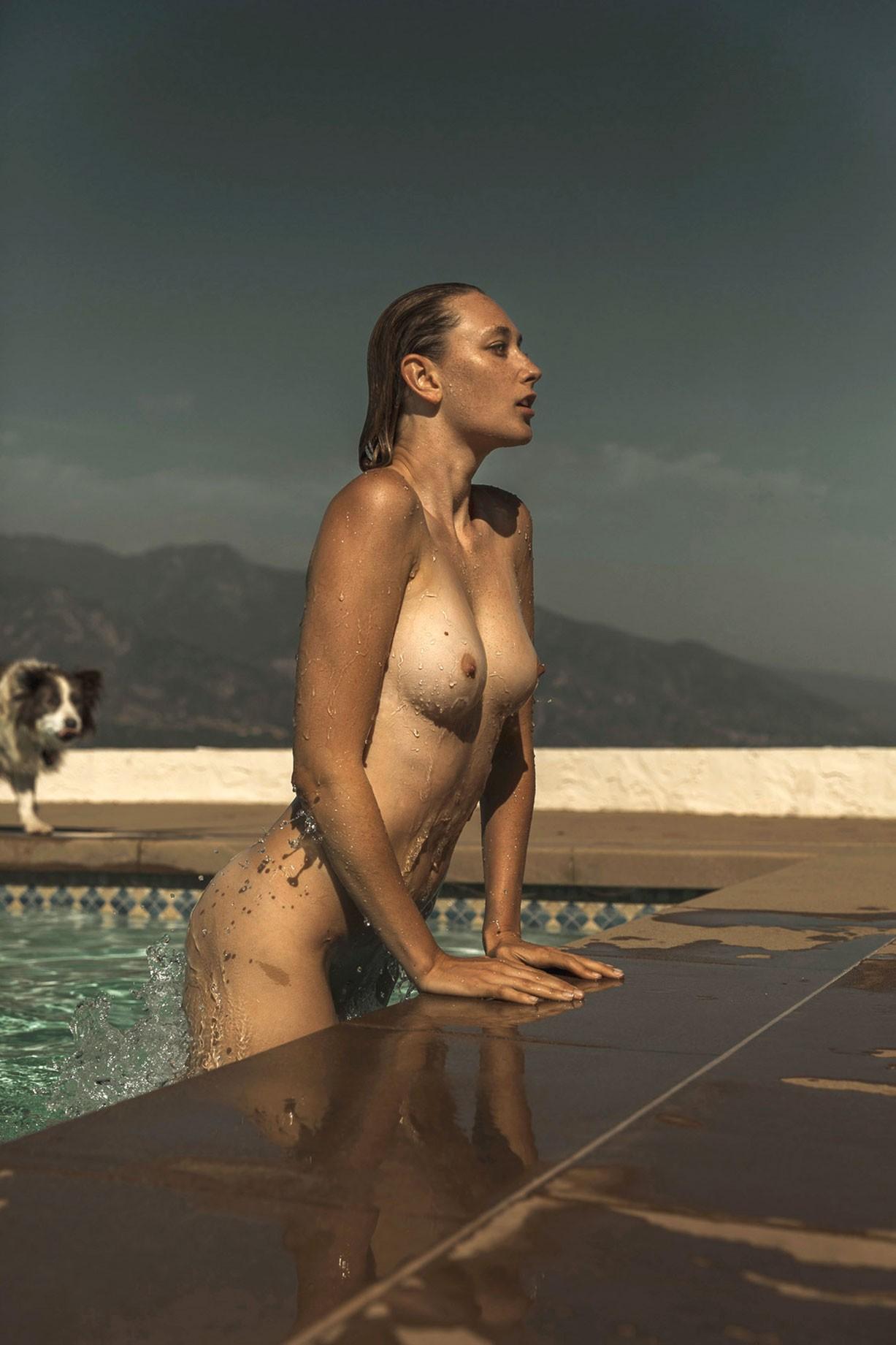 Отдых у бассейна с Брук Санни / Brooke Sanny nude by Miles Schuster - Heatstroke