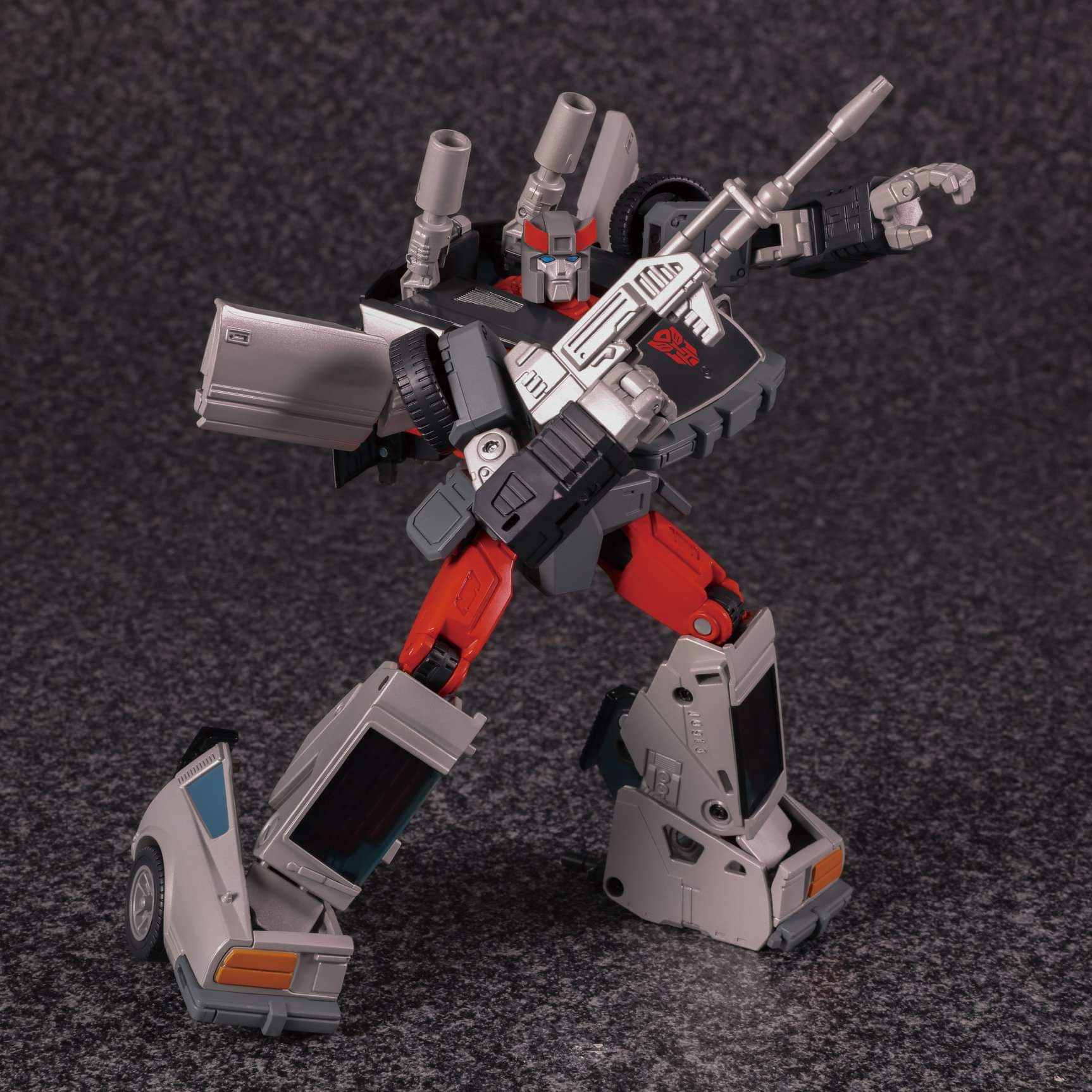 [Masterpiece] MP-18 Bluestreak/Jaseur - Page 3 WDgpfHOT_o