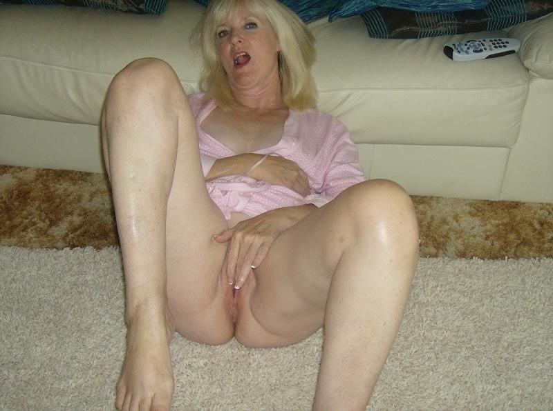 Amatuer mature nude-4992