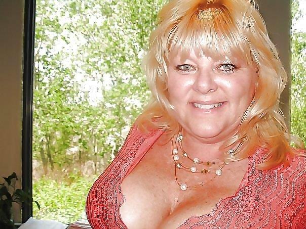 Nude granny big boobs-1517