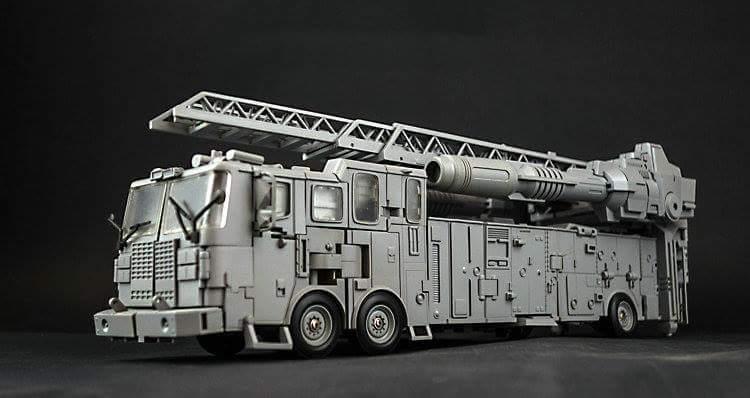 [Generation Toy] Produit Tiers - Jouet GT-08 Guardian - aka Defensor/Defenso Bz6vbQQm_o