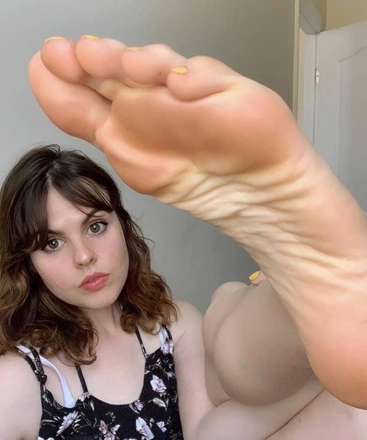 Femdom feet fetish-3632