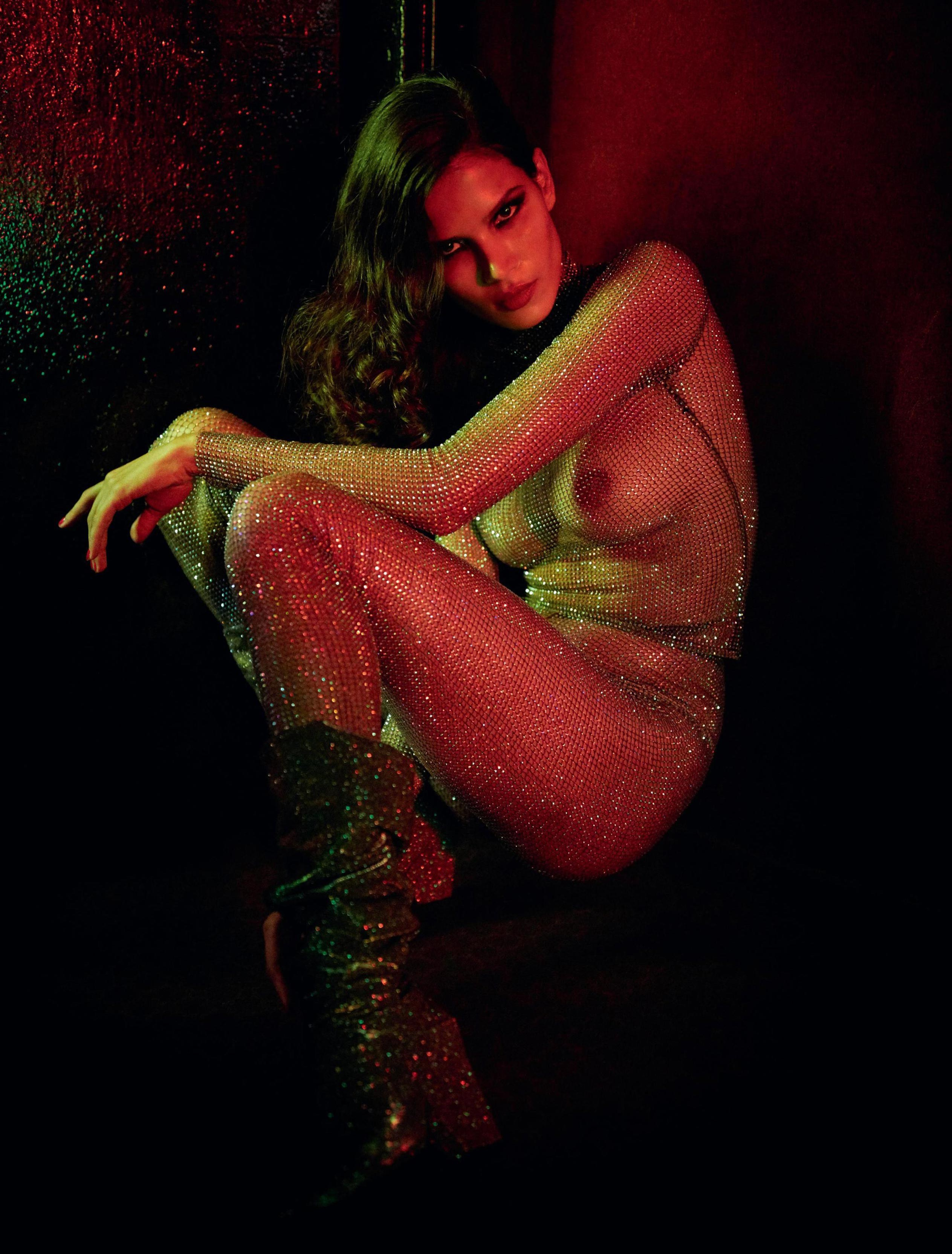 блестящая и сексуальная Райка Оливейра / Raica Oliveira nude by Gaspar Noe - Lui France autumn 2017